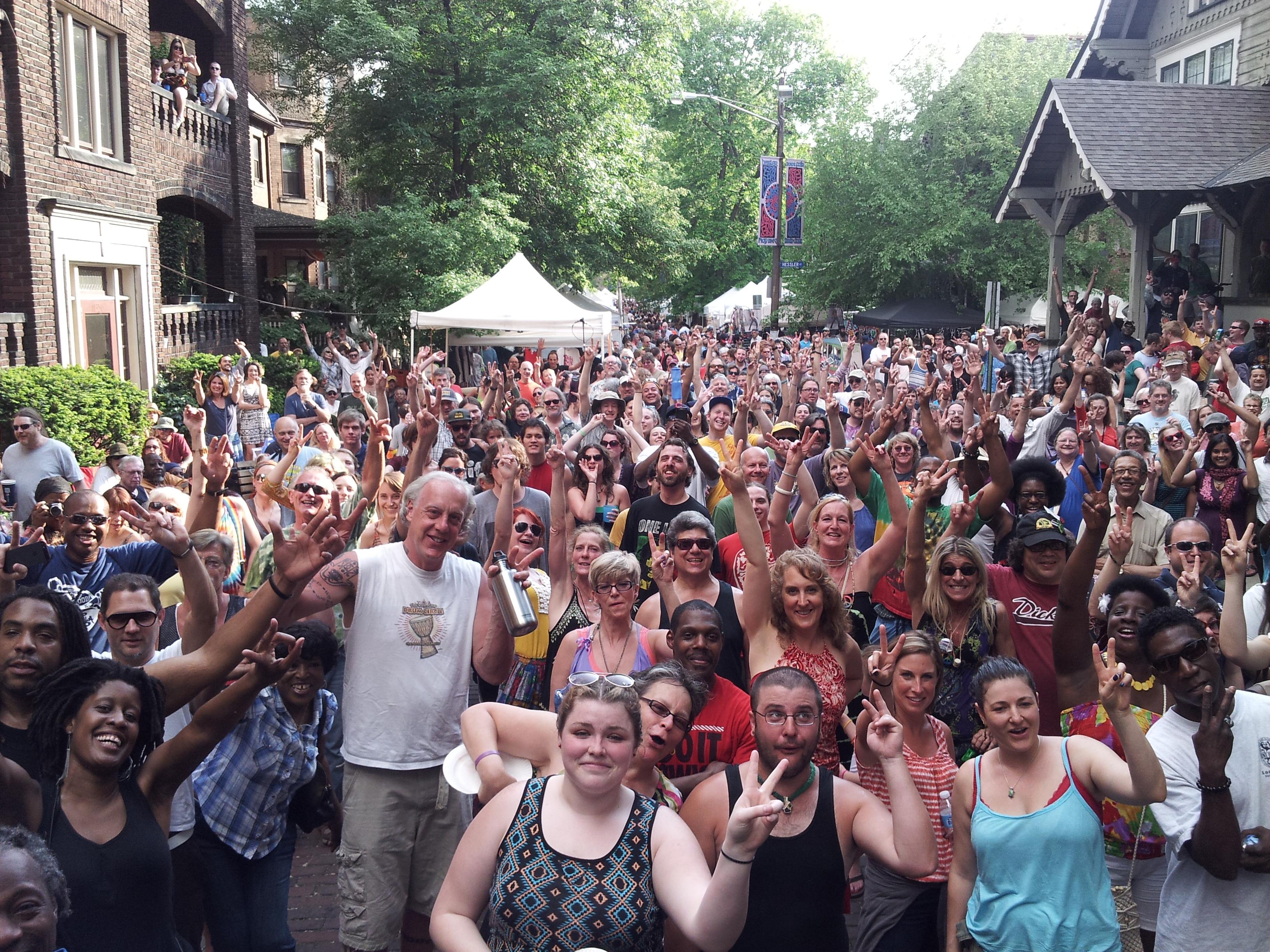 hessler crowd 2013.jpg